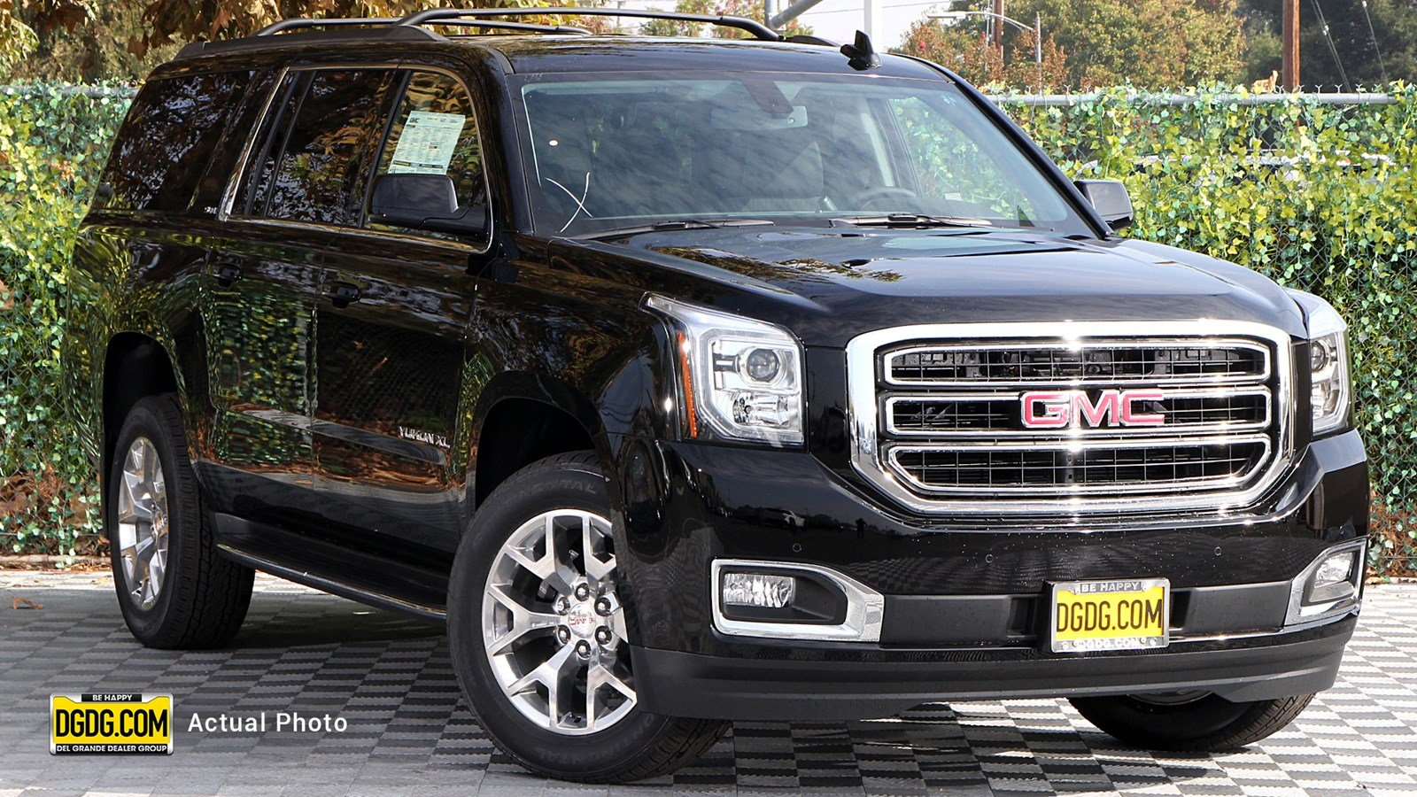 New 2020 GMC Yukon XL SLE