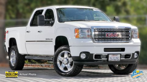 Certified Pre-Owned 2014 GMC Sierra 2500HD Denali