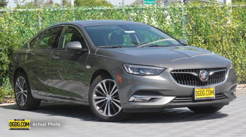 2018 Buick Regal Essence FWD 4D Sedan